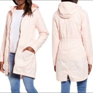 NEW The North Face Rissy 2 Hooded Raincoat